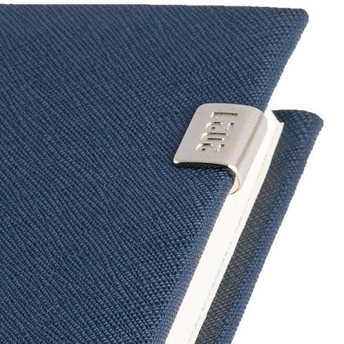 Kalendarz książkowy dzienny B5 CROSS z gumką i metalową datówką